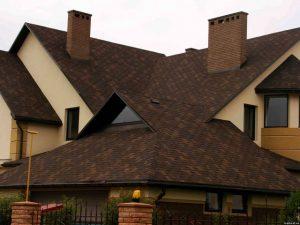 Мягкая кровля: битумная гибкая черепица для крыши дома