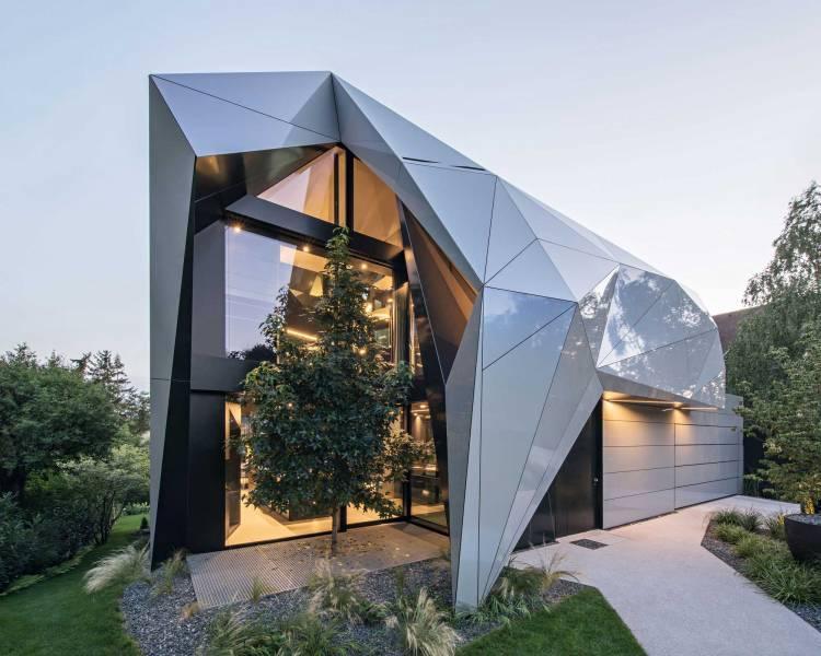 Отделка фасада: основные требования к материалу