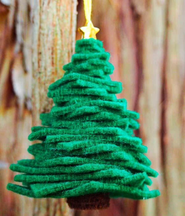Новогодние украшения из фетра и другой ткани