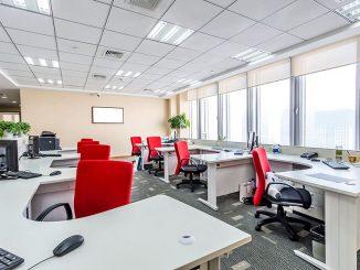 Правила выбора офисного кресла для комфорта